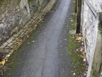 Winding alleyway